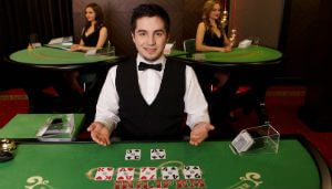 live casino holdem game